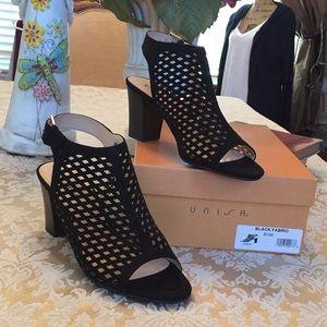 Unisa perforated fabric sandals